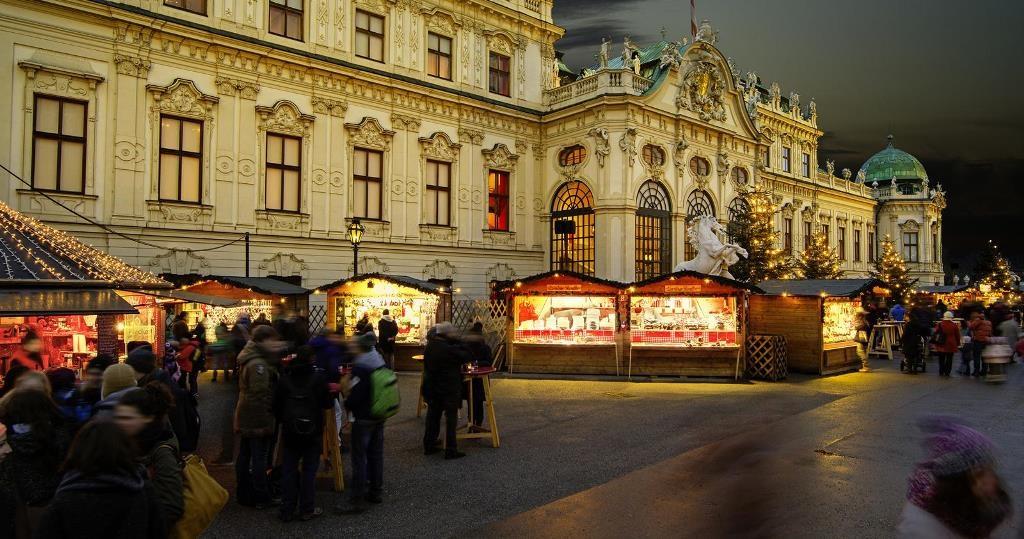40845-weihnachtsdorf-adventmarkt-belvedere-19to1.jpegwien.info